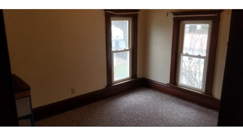 418 Roosevelt St Rio, WI 53960 by Century 21 Affiliated $149,900