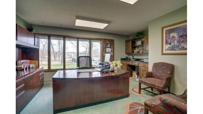 414 Atlas Ave Madison, WI 53714 by Exit Realty Hgm $500,000