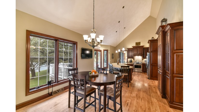 4111 Dyer Lake Rd Wheatland, WI 53105-8579 by Shorewest Realtors $3,395,000