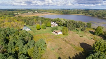 4111 Dyer Lake Rd, Wheatland, WI 53105-8579