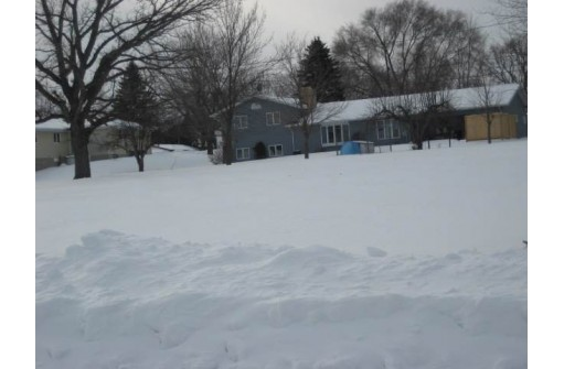 460 Hollander St, Markesan, WI 53946
