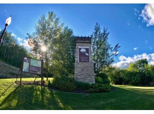 L48 Arbor Ridge Way Janesville, WI 53548