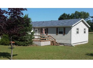 W983 W North Shore Dr Montello, WI 53949