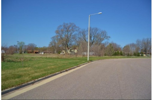 L9 Sunrise Dr, Spring Green, WI 53588