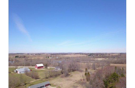 4779-A County Road V, DeForest, WI 53532
