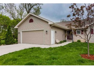 190 Elliott Ln Oregon, WI 53575