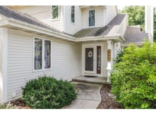 1306 Stratford Ct Middleton, WI 53562