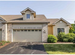 5011 Black Walnut Dr McFarland, WI 53558
