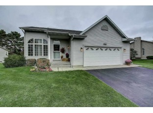 958 Saddle Ridge Portage, WI 53901