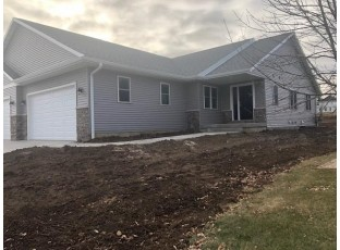 136 Jennifer Cir Mount Horeb, WI 53572