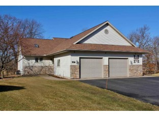 956 Saddle Ridge Portage, WI 53901