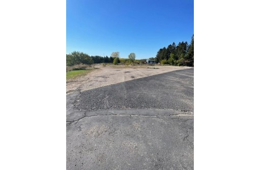 3656 Hwy 23, Dodgeville, WI 53533