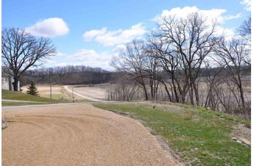L1 Stone Valley Rd, Cross Plains, WI 53528