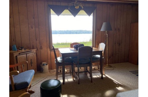 N5204 Club Grounds Rd, Juneau, WI 53039