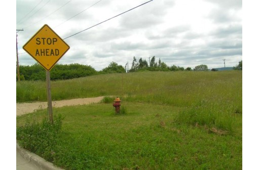 3.59 AC Commerce Ave, Baraboo, WI 53913