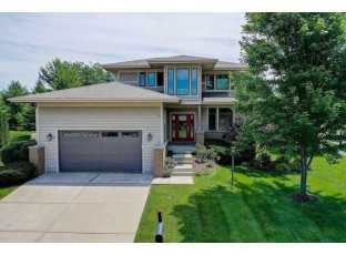 10 Arboredge Way Fitchburg, WI 53711