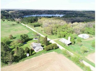 3325 3rd Ave Oxford, WI 53952