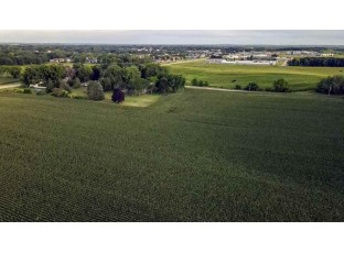 31 ACRES Hwy 51 Stoughton, WI 53589