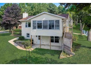 W9361 Bluff Ln 2 Cambridge, WI 53523