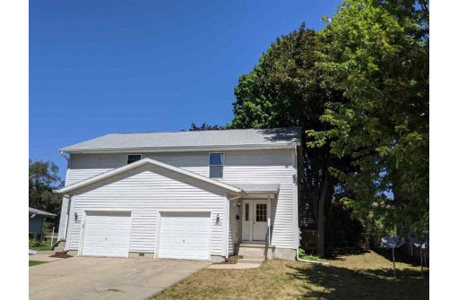 2842 Commercial Ave, Madison, WI 53704
