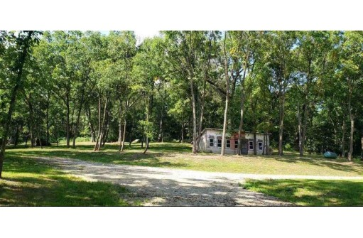 8872 County Road G, Mount Horeb, WI 53572