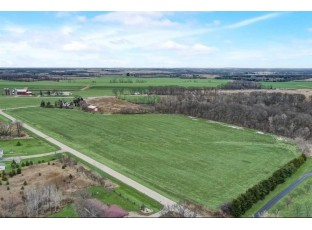 Lot 6 Oak Shore Dr Fall River, WI 53932
