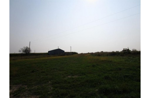 6654 Farview Rd, Lancaster, WI 53813