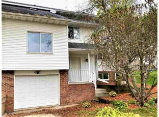 6 New Berm Ct Madison, WI 53719