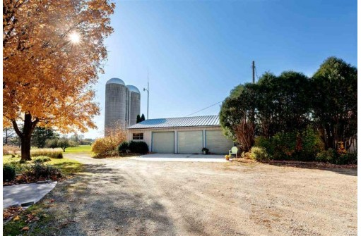 N9268 County Road M, Pickett, WI 54964