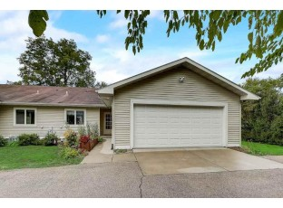 128 Curtiss St Mazomanie, WI 53560