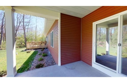 482 E Meadowlark Ln, Green Lake, WI 54941