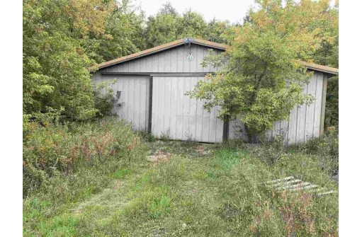 Old 26 Rd, Fort Atkinson, WI 53538-8722