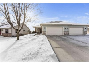 211 W Gonstead Rd Mount Horeb, WI 53572