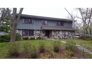 1966 Eastwood Ave Janesville, WI 53545