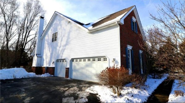 3227 Hanover Dr, Milford, MI 48380 by Real Estate One $469,000