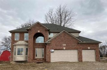 29657 Lockwood Ct Chesterfield Township, MI 48051