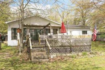 922 E Pequot Lane Hope, MI 48628