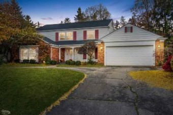 4702 BARCROFT WAY Sterling Heights, MI 48310