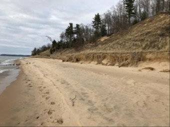 Lakeshore Road Lot 7 Manistee, MI 49660
