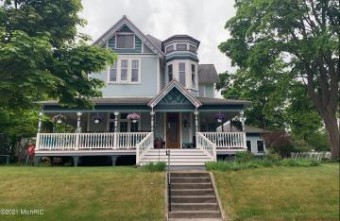 716 E Ludington Avenue Ludington, MI 49431