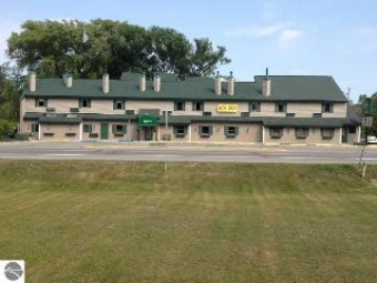 115 N Michigan Avenue Beulah, MI 49617