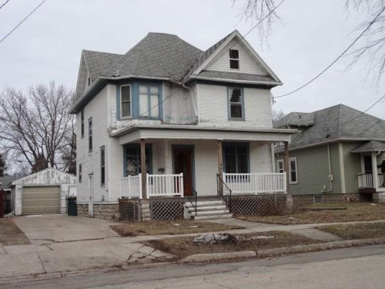 314 W Mackie St, Beaver Dam, WI by Steinmetz Real Estate Group Llc $64,900