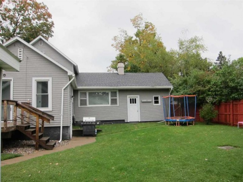 416 N 6th Avenue, Wausau, WI by Coldwell Banker Action $124,900