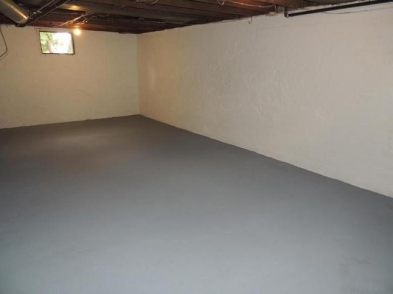 403 Clermont St S, Antigo, WI by Absolute Realtors Inc. $77,500