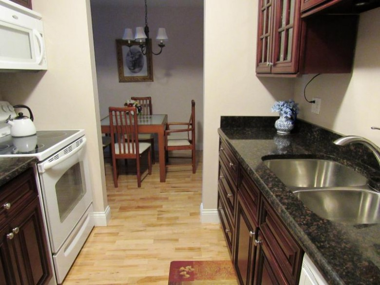 1250 Wisconsin St 204b, Lake Geneva, WI by Keefe Real Estate, Inc. $109,000