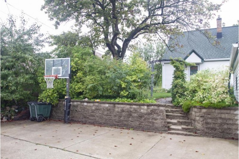 2328 S 65th St, West Allis, WI by Re/Max Realty 100 $154,900