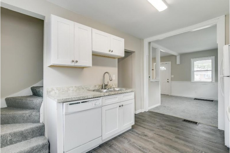 1527 Bryn Mawr Ave, Mount Pleasant, WI by Mastermind, Realtors $119,900