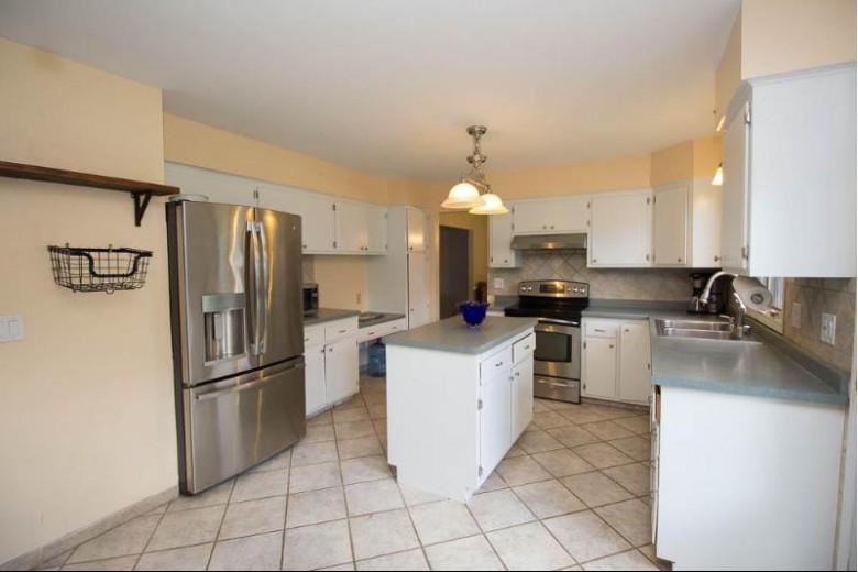 2741 Newcastle Ct, Waukesha, WI by Redefined Realty Advisors Llc $309,900