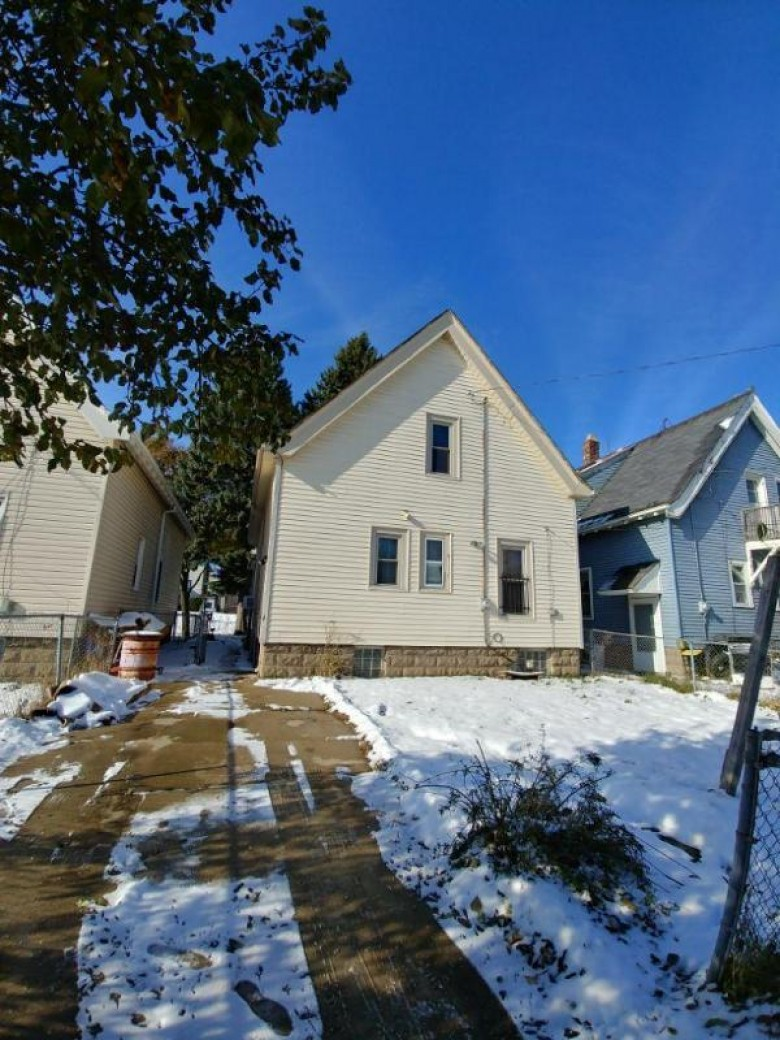 3140 N 14th St, Milwaukee, WI by Non Mls $25,000