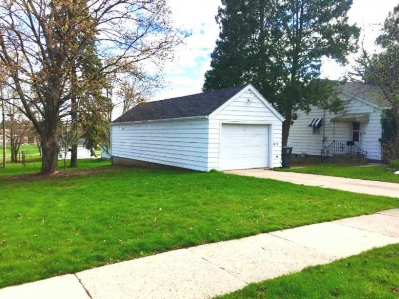 235 E Berlin Street, Berlin, WI by Preferred Properties Of Fdl, Inc. $69,900
